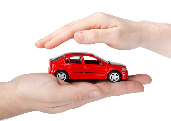 Fotolia_13405651_Subscription_XL[1] - ביטוח לרכב